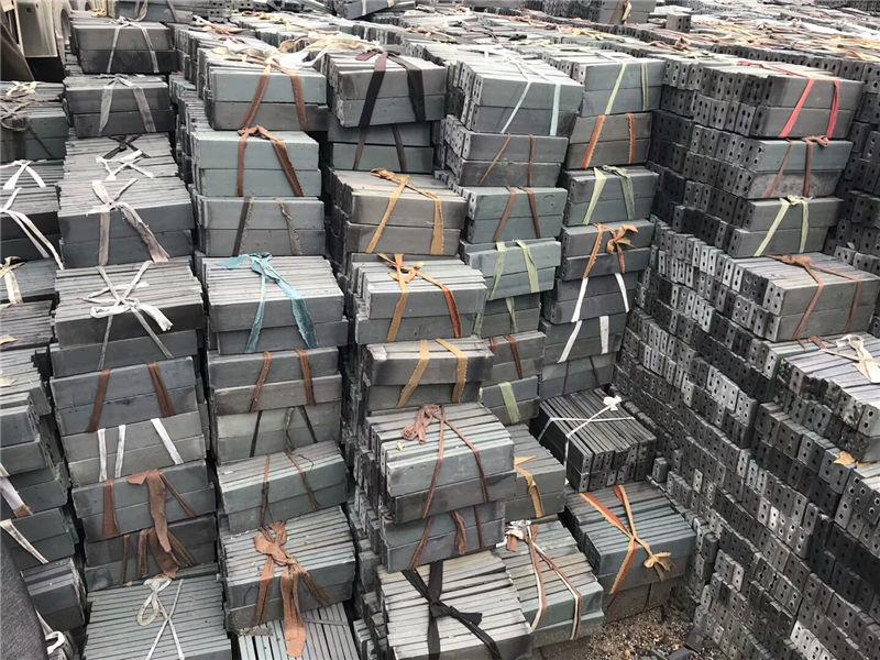 深秋将至,鼎源建材新生产的仿古砖有哪些优点呢?