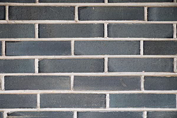 红砖的使用范围较广,但是湖北青砖使用率较高,那么两者之间有哪些主要区别