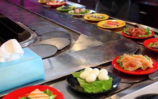 轉轉火鍋的底料和食材怎么樣搭配的好