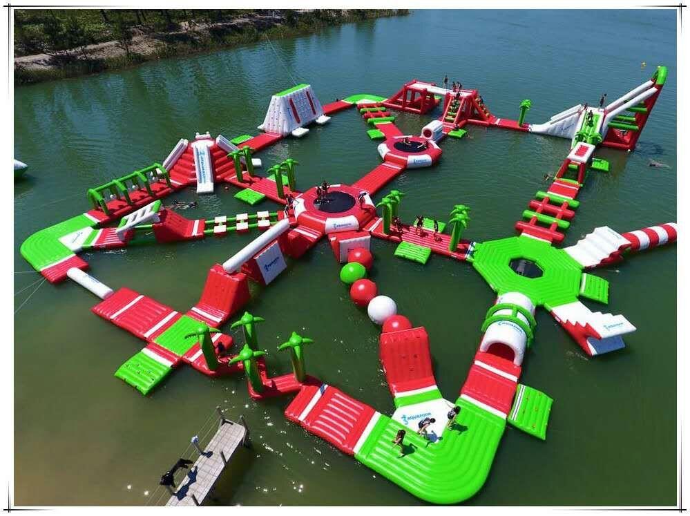 充气气模厂家批发户外运动游乐设备水滑梯水上乐园