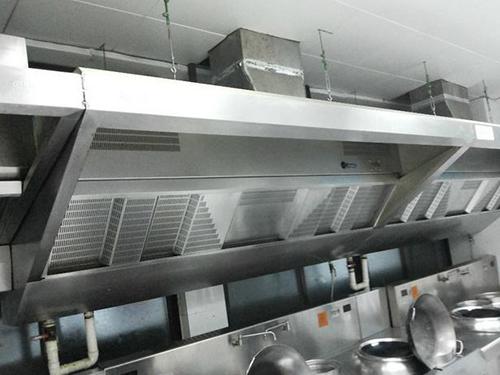 使用在酒店里的成都厨房排烟设备应该怎么清洗