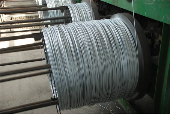 镀锌钢丝绳加工现场