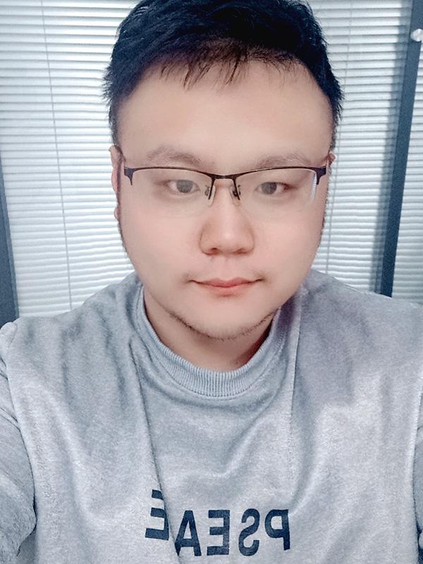 首席设计师—韩 宇
