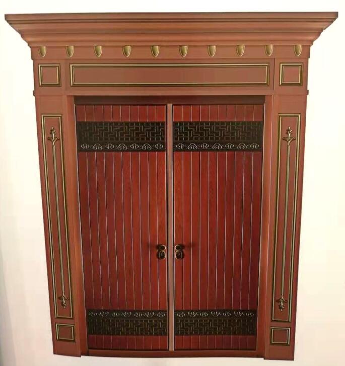 铜艺的应用让铜门的美观性独具一格