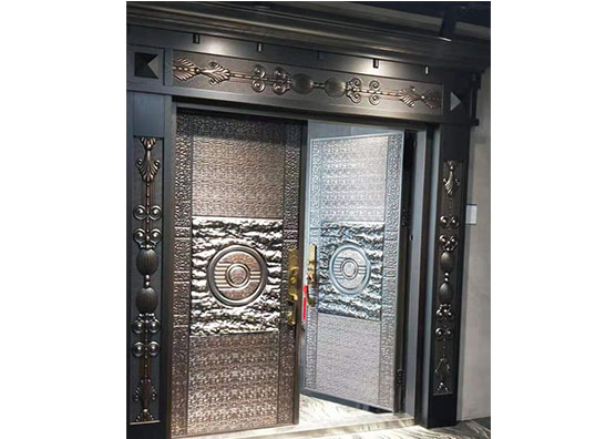 成都铸铝门