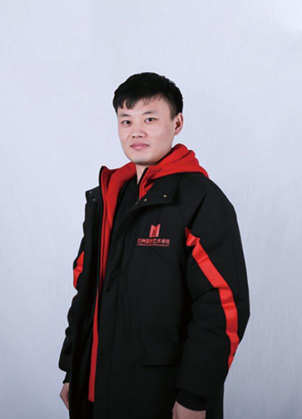 周怀鑫-色彩主教老师