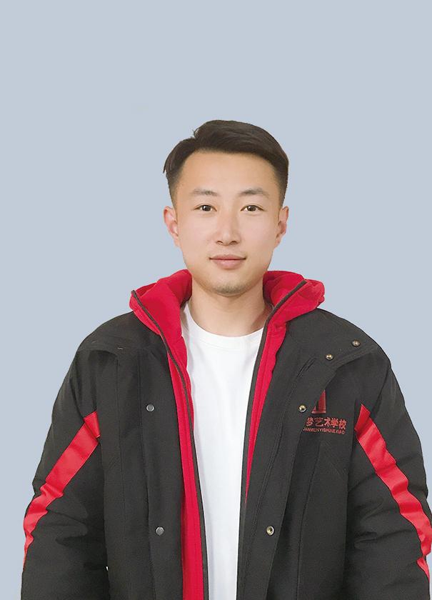 雷煜民-速写组组长