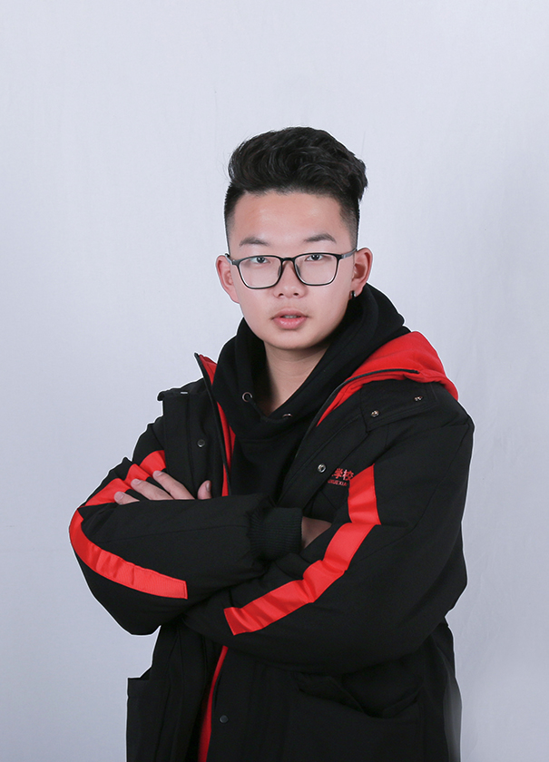 杨佳-速写主教老师