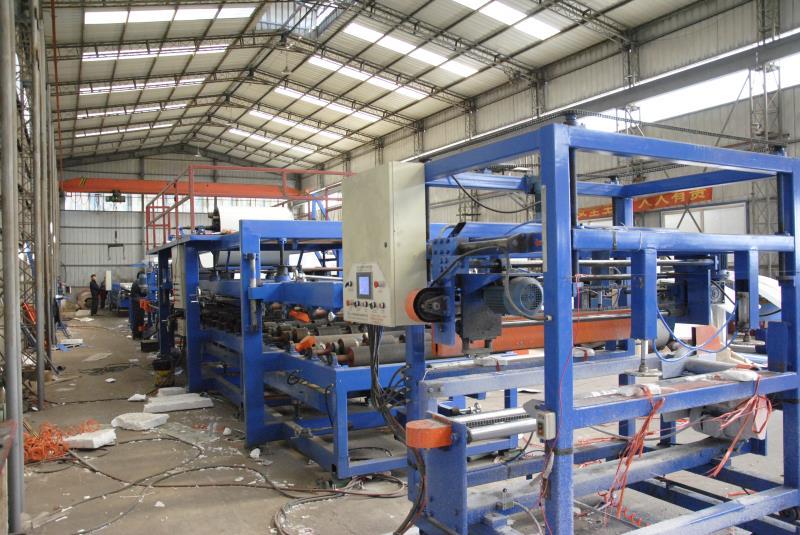 内蒙古东诚兴业钢构工程有限公司车间照片