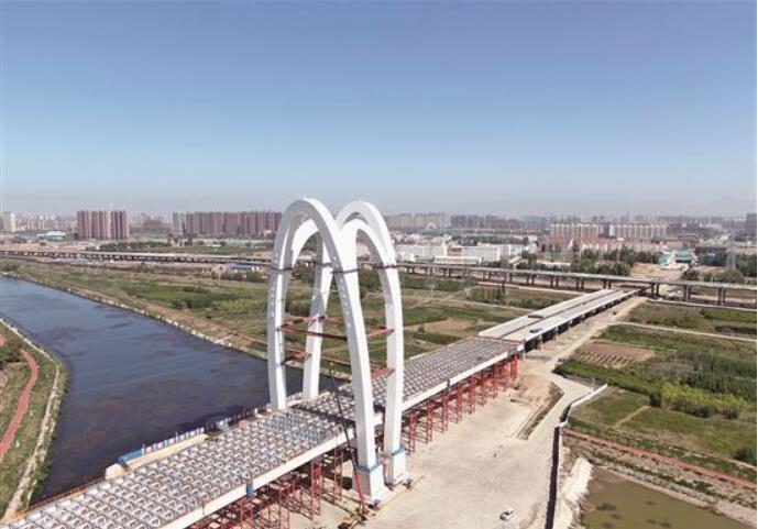 金盛快速路大黑河斜拉桥完成钢结构安装