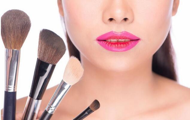 蘭州化妝培訓