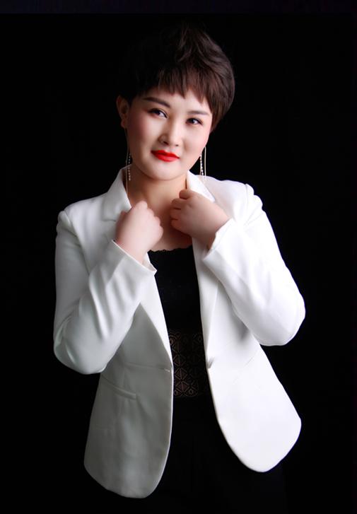 化妆导师—严老师