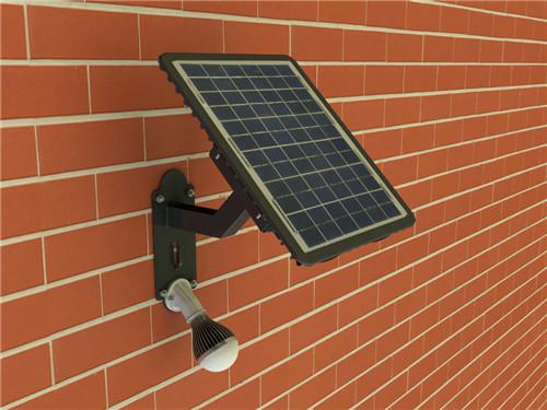 庭院安装的太阳能灯案例