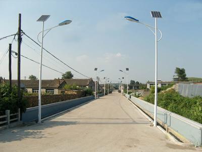 新疆太阳能路灯使用的相关介绍