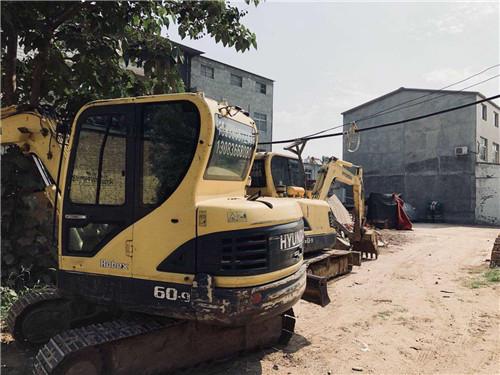 河南挖掘机租赁