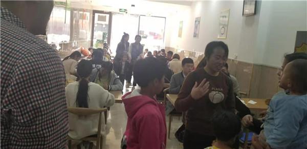 山东东营砂锅刀削面加盟店面