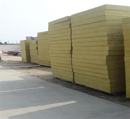 内蒙岩棉板厂家