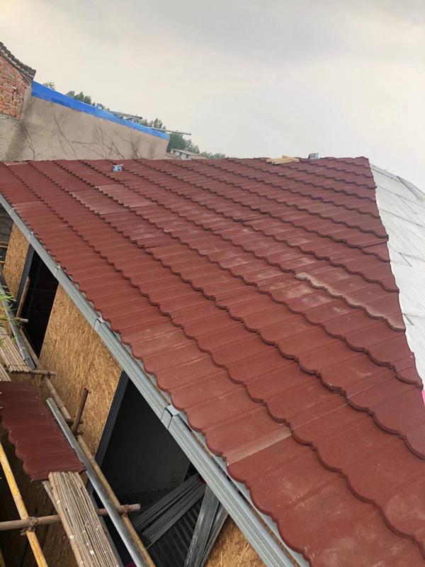 铺屋顶树脂瓦