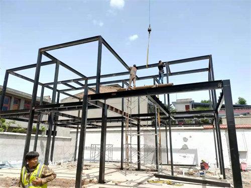 立体屋主体重钢框架