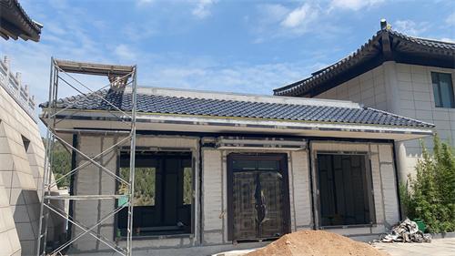 屋顶瓦铺设