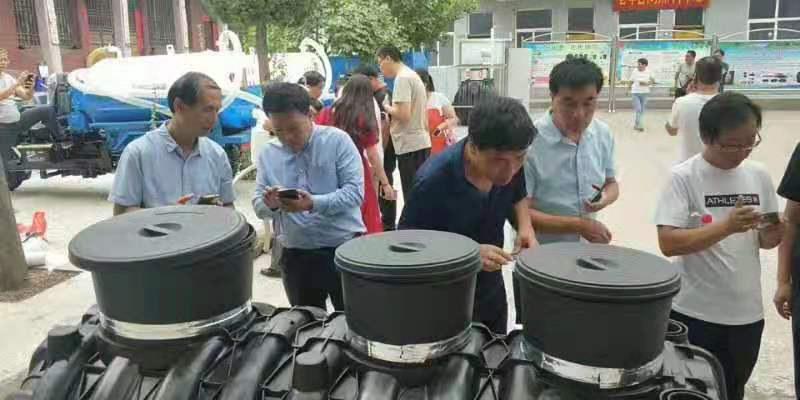 惠洁塑业公司产品推介会现场