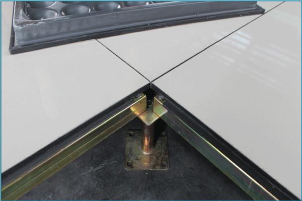 陶瓷防静电地板安装