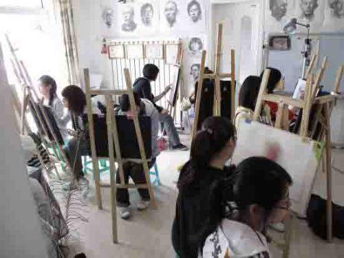 学校美术教室