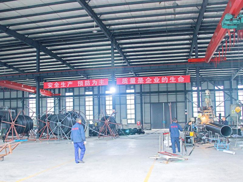成都双平壁钢塑复合管工厂展示
