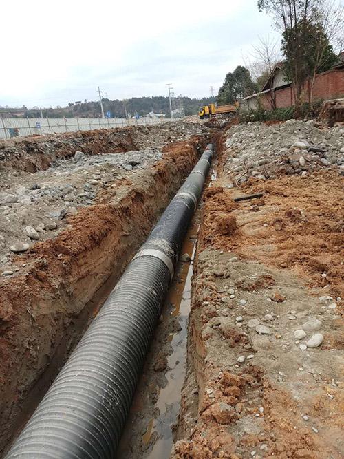 被广泛使用的成都HDPE中空壁缠绕管优势在哪儿?
