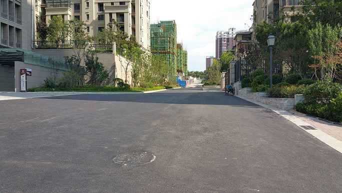 大华公园世家沥青混凝土施工