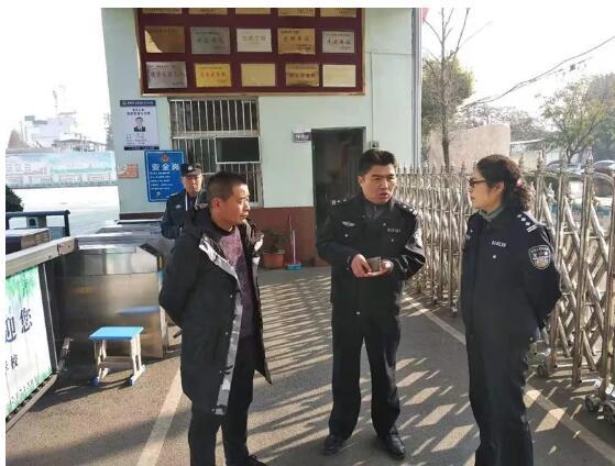 淮南保安管理支队抽查校园保安工作