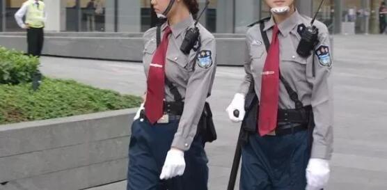呼市小区保安执勤