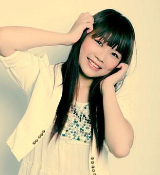 邓倩就职于亚果国际摄影会所