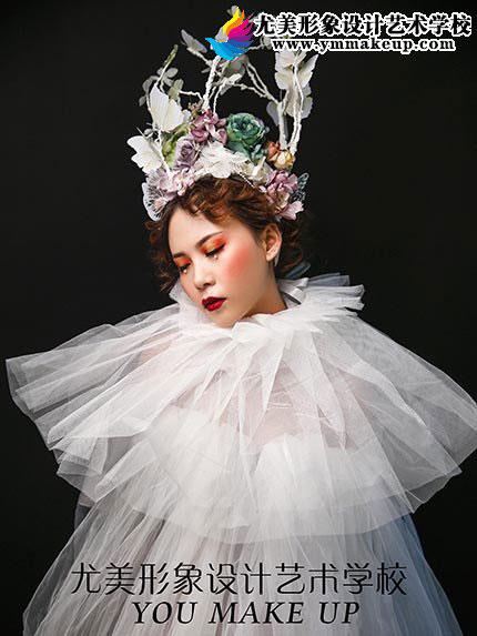 彩妆梦幻新娘婚纱造型