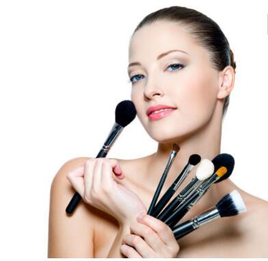 化妆学习哪里找 来兰州给你答案和解决方法