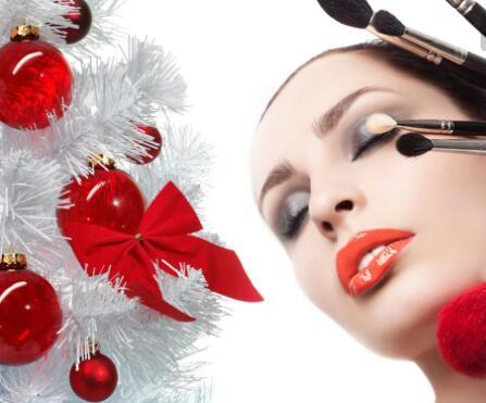 哪些走秀的模特使用的化妆技巧是不是和我们不一样