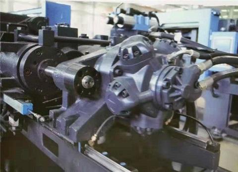 海星变量泵节能注塑机