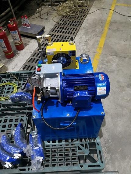 海星注塑机自制液压站