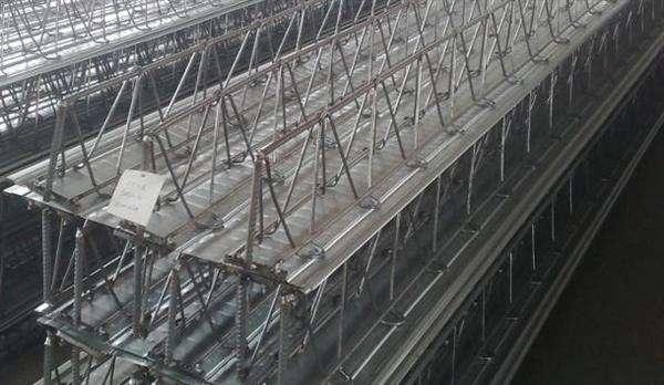 淺談成都樓層板的吊裝和堆放要點
