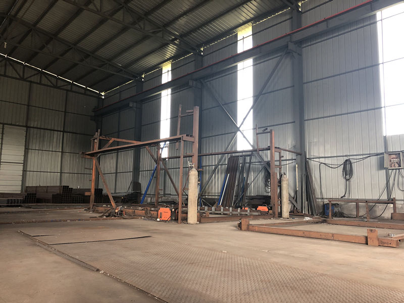 彩钢瓦生产车间