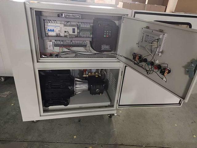 7.5KW/50L10路切换变频PLC远程遥控主机