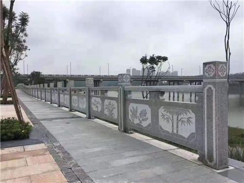 桥栏板要做好生物侵蚀的防护