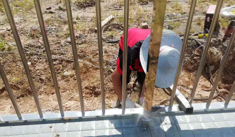 遂宁不锈钢护栏案例