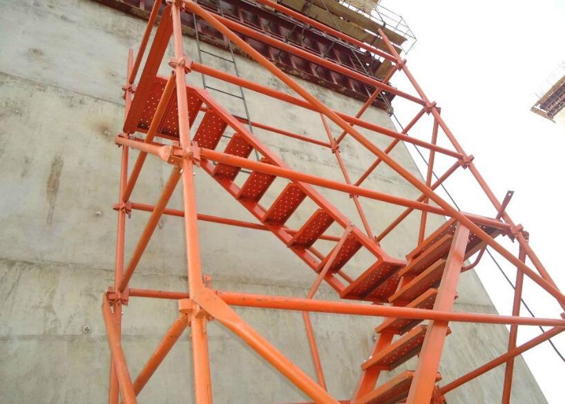 湘潭安全爬梯租赁公司出品的安全爬梯构造应符合哪些要求?