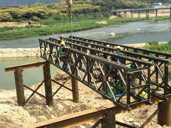 贝雷桥的工期和安全如何保证?湘潭贝雷片租赁为您解答