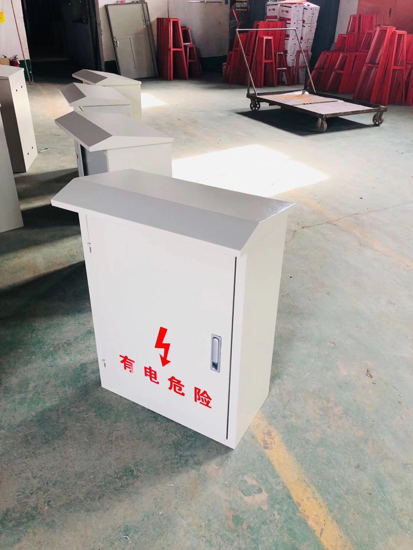 防雨屋檐型配电箱