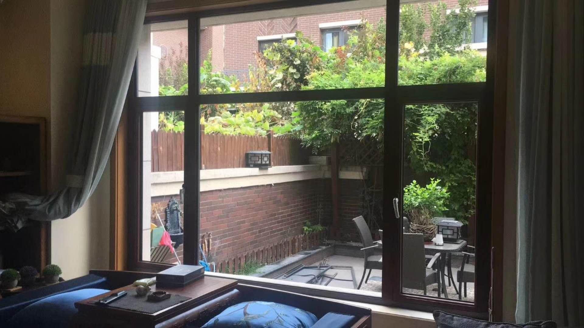 呼和浩特市铝包木门窗安装案例