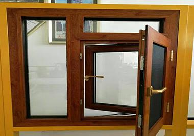 皇辰泰装饰带大家了解装修门窗时怎么做选择!