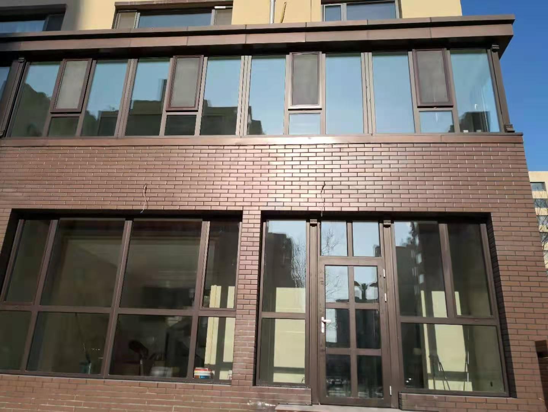 皇辰泰门窗与警苑小区的合作