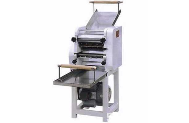 成都商用厨房设备—压面机